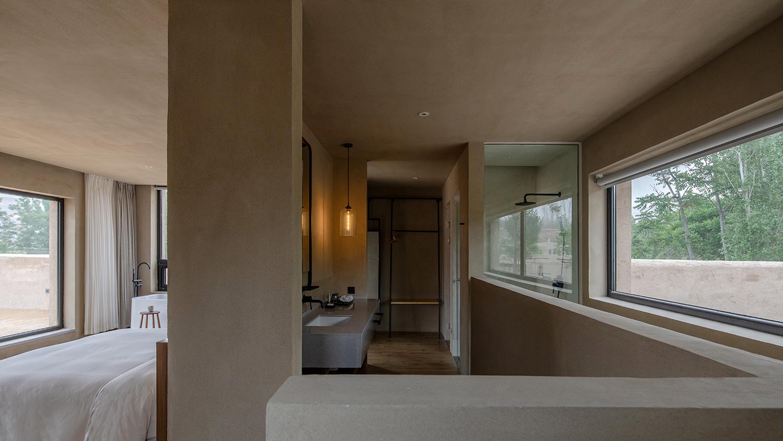 10 客房室内 Guest room interior Guest room interior