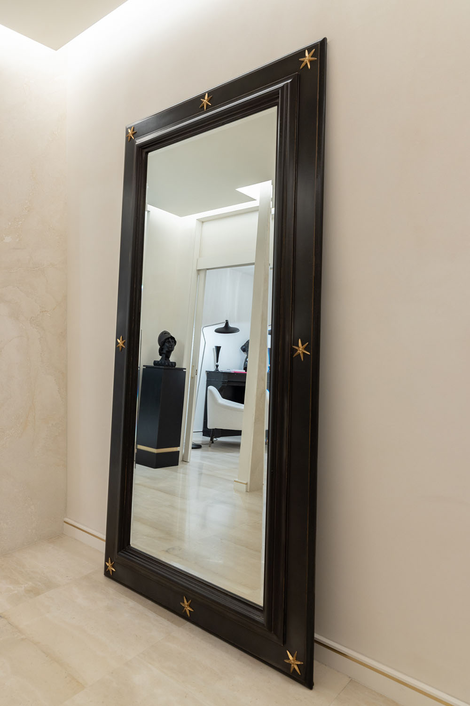 Entrance Mirror Atelier Avanzi - Ph. Gianmarco Varetti