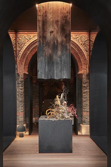 foyer--key visual column Sven Zhang