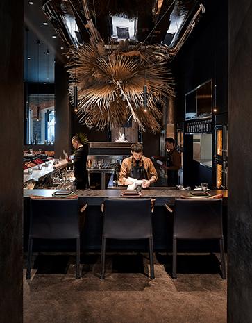 charcoal main hall -bar Sven Zhang