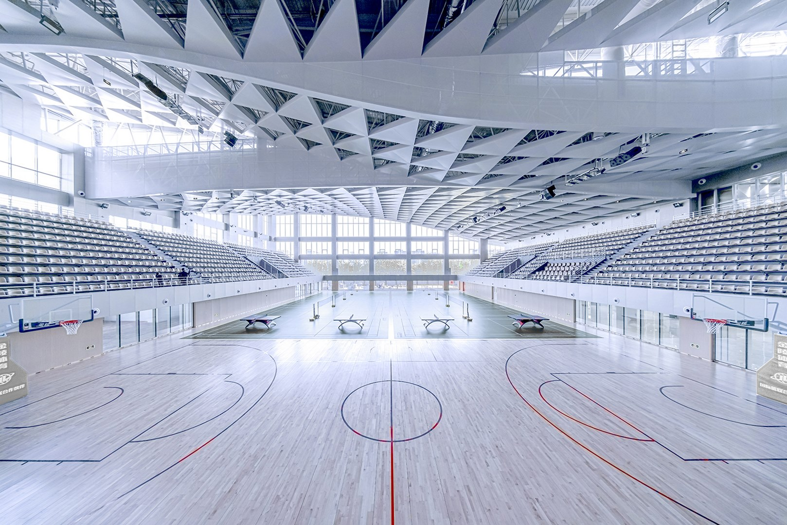 Basketball court Atelier Alter Architects