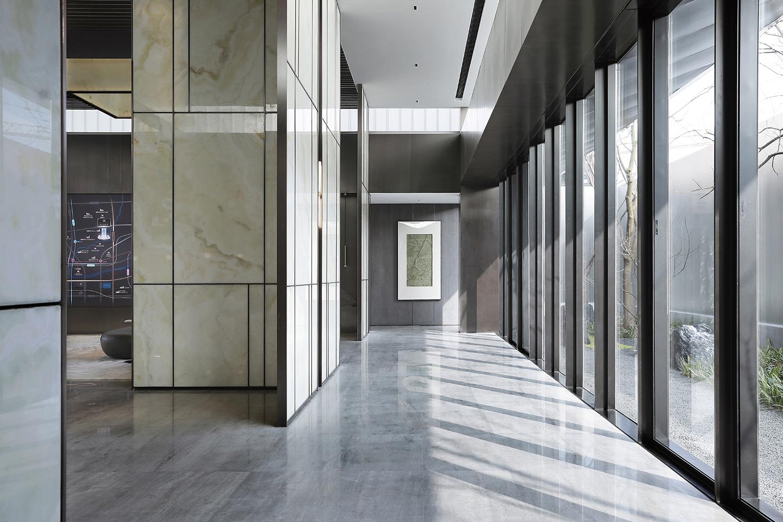 Interior view Xi Chen