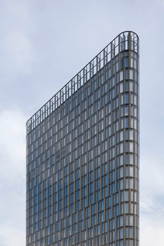 THE ICON Vienna / 5 / generous glass facade Rupert Steiner