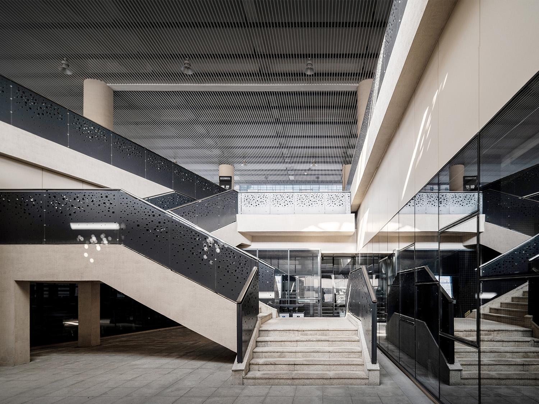 Open overhead space. Schran Images