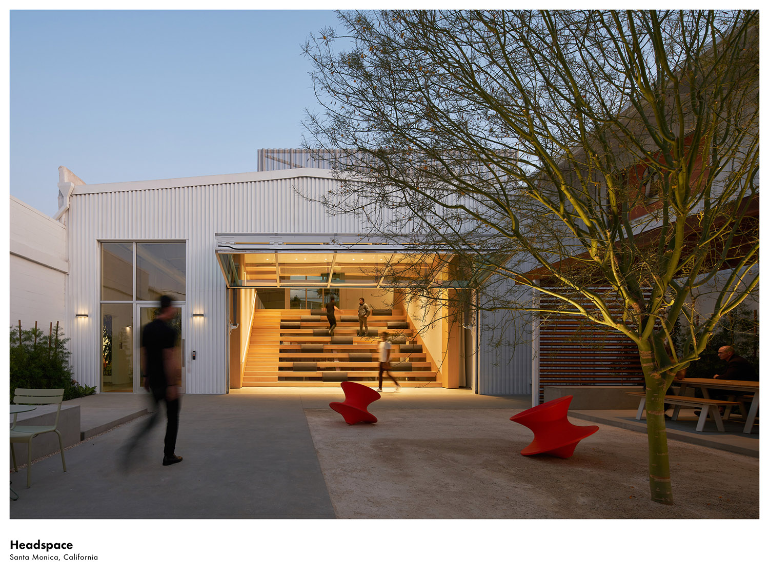 This 20,000 sf office expansion of this office headquarters is located in Santa Monica, California. Kevin Scott}