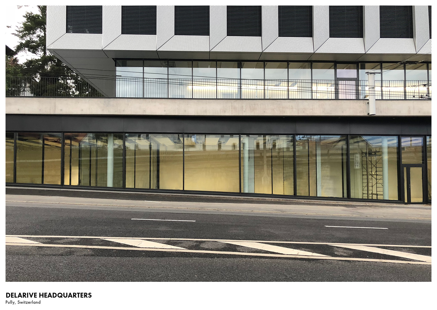 Situated on the ground level of an existing office building, the concept for the company's new headquarters is a 'building within a building'. Delphine Burtin}