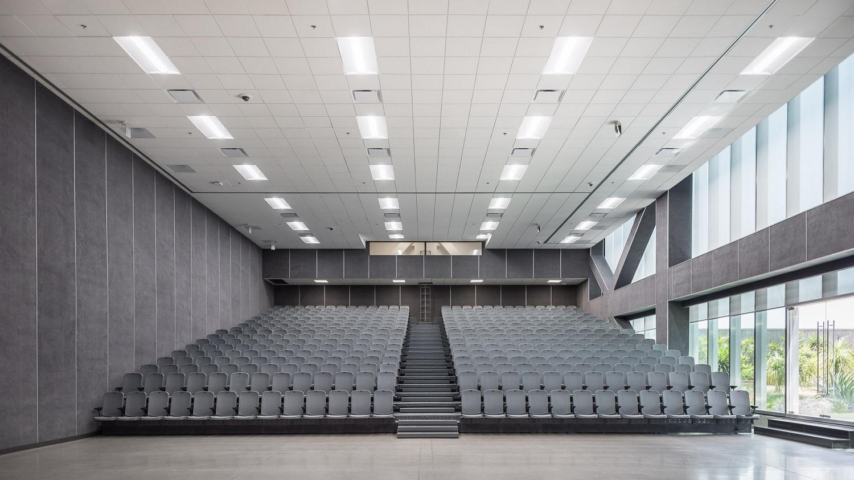 Glorieta de Insurgentes Tower_Auditorium Luis Gallardo