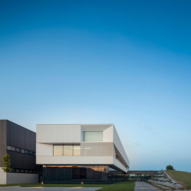 il percorso di ingresso Fernando Guerra | FG+SG fotografia de arquitectura