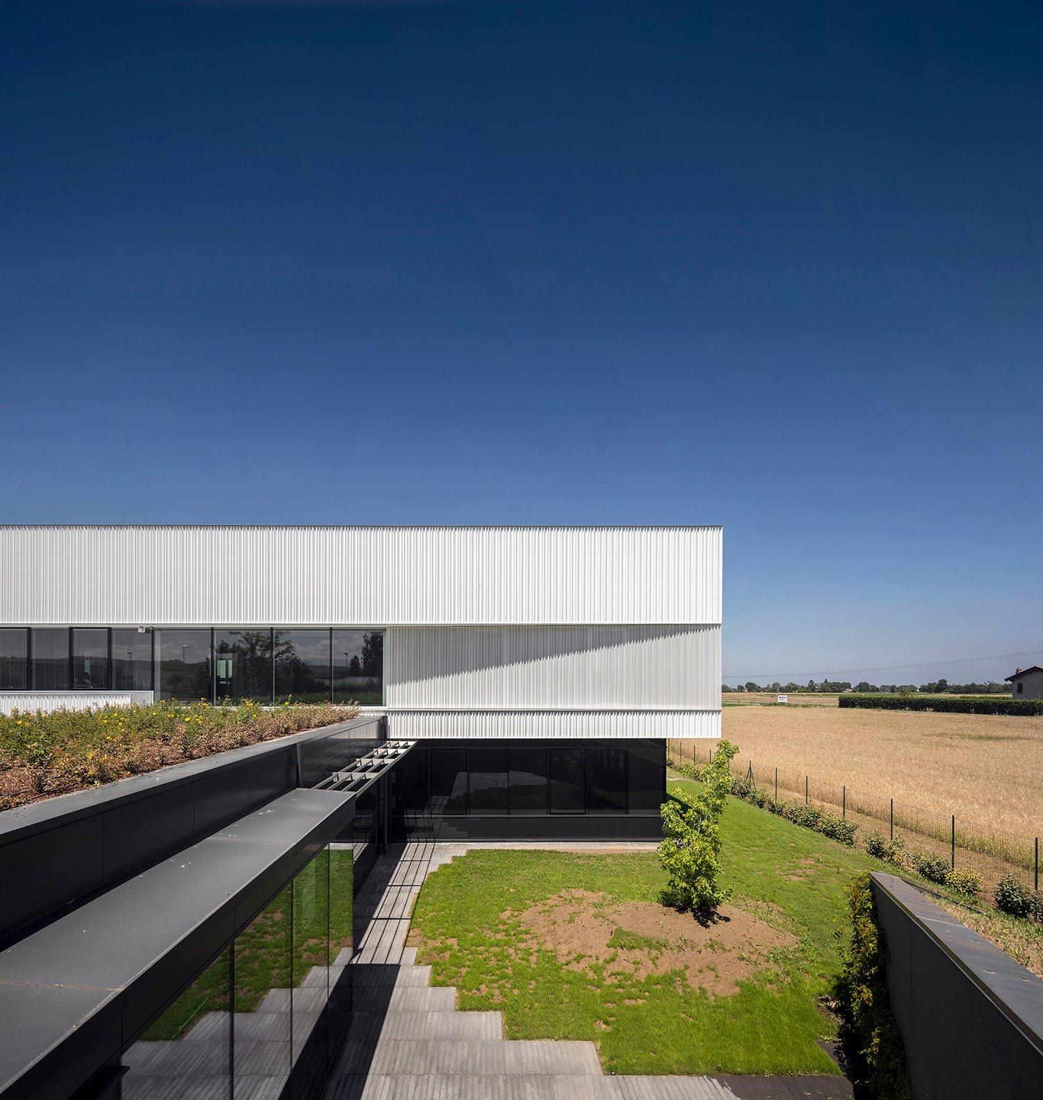 la corte dell'atrio Fernando Guerra | FG+SG fotografia de arquitectura