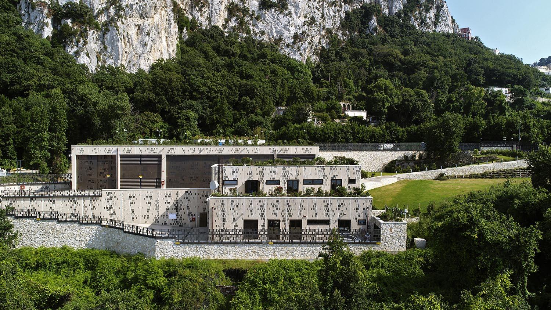 Vista frontale della nuova stazione elettrica Terna Enrico Cano