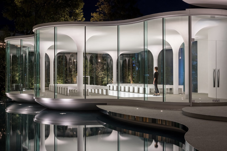 The Glass Facade Stirling Elmendorf