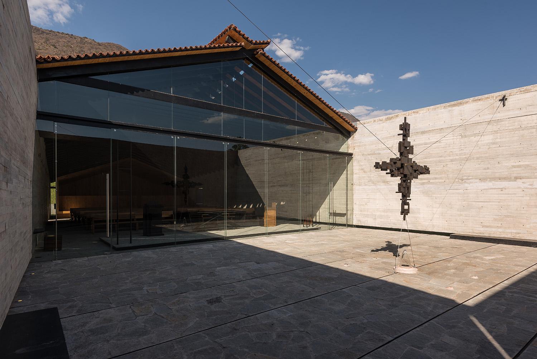 Interior patio Jaime Navarro Soto