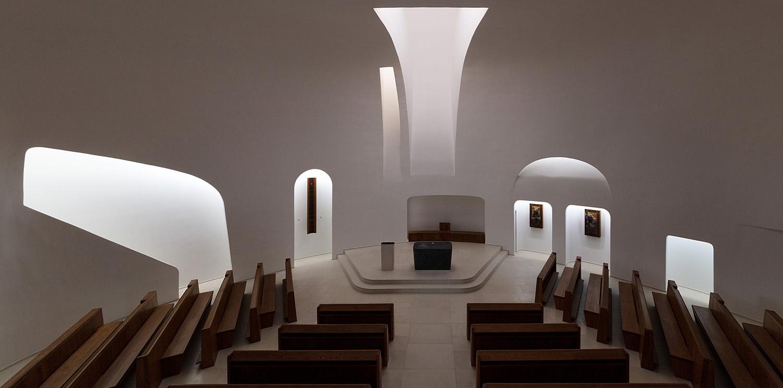 Church of Pope John Paul II, Páty Tamás Bujnovszky