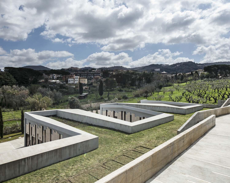 complesso cimiteriale - copertura praticabile Luigi Filetici