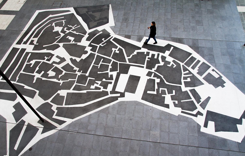 Salotto Bari Vecchia - dettaglio pavimentazione Dario Amoroso D'Aragona