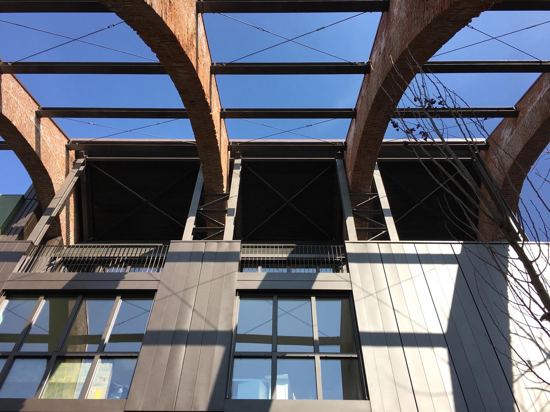 Gli archi in mattoni e la nuova struttura Domenico Farinaro