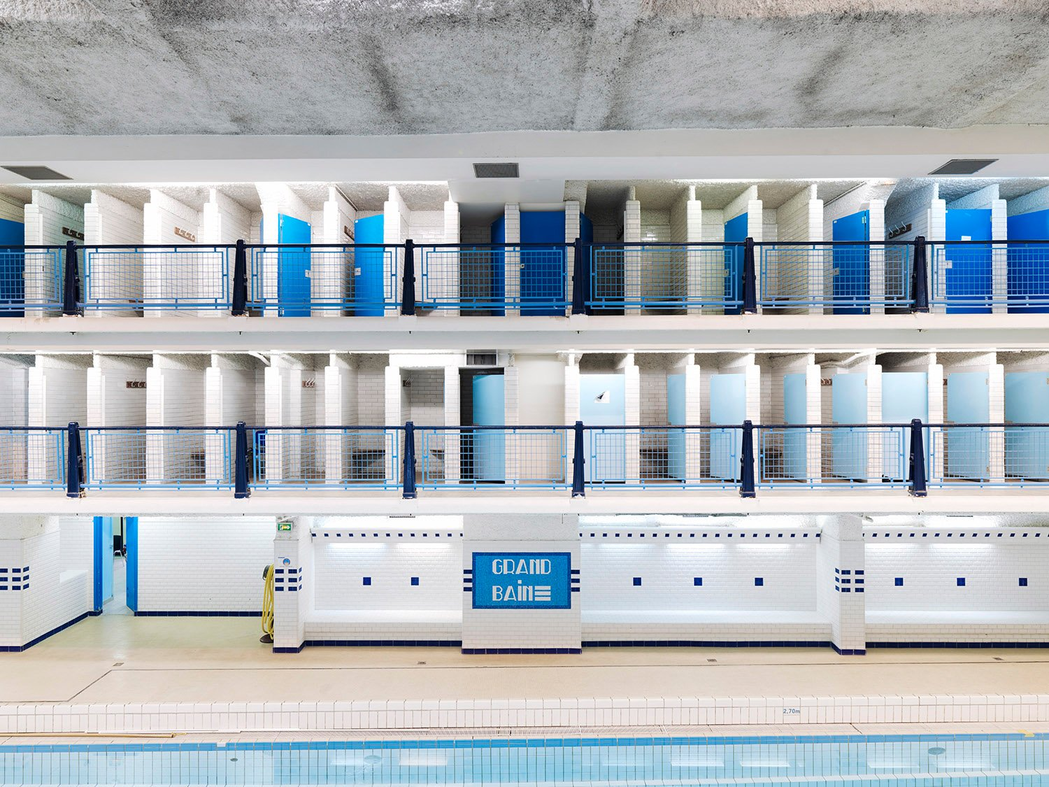 The Amiraux swimming pool in Paris before the renovation campaign, 2014 © Cyrille Weiner}
