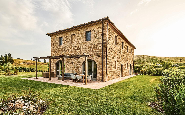 Vista Casale fronte sud-est @Toscana Resort Castelfalfi
