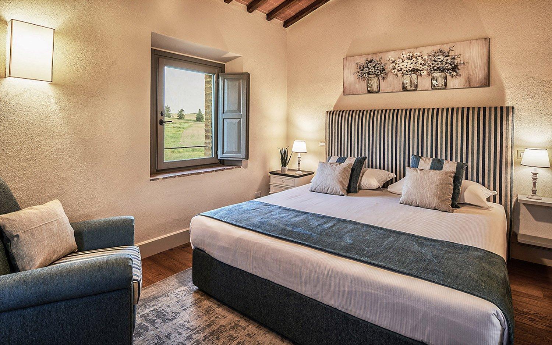 Vista camera  blu Appartamento B Piano primo @Toscana Resort Castelfalfi