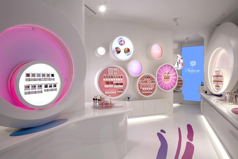 piano terra: display prodotto Studio Tettamanzi