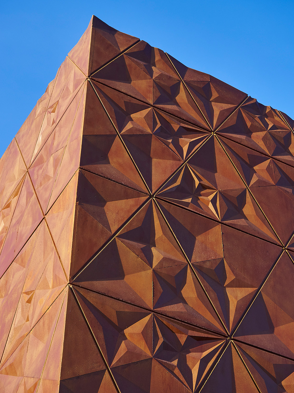 Corner detail B & M Architects / Timo Kiukkola}