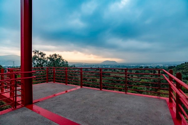 Red view point