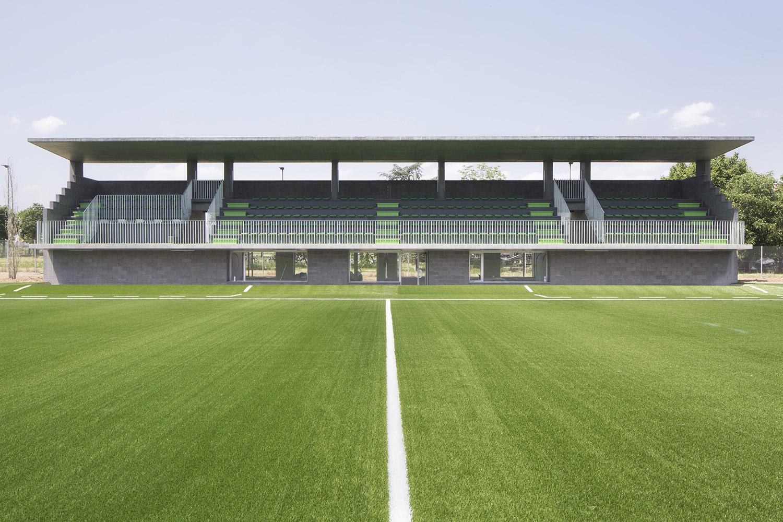 170 seats covered stand Filippo Romano