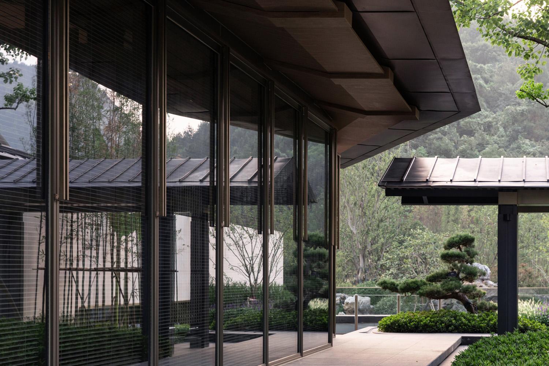 corridor Schran Images