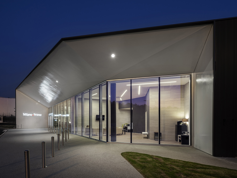 Malpensa Business Terminal - One Works Andrea Martiradonna