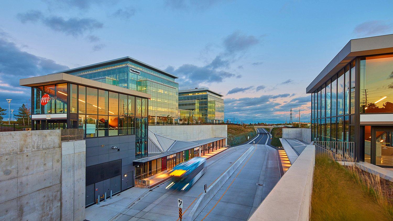 Mississauga Transitway - Submerged Station - Tahoe Ben Rahn/A-Frame Inc.