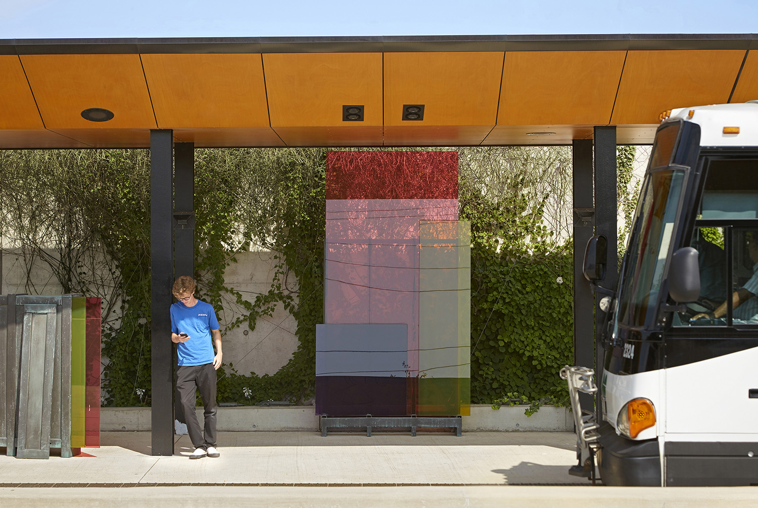 Mississauga Transitway - Living Wall and Integrated Art Ben Rahn/A-Frame Inc.