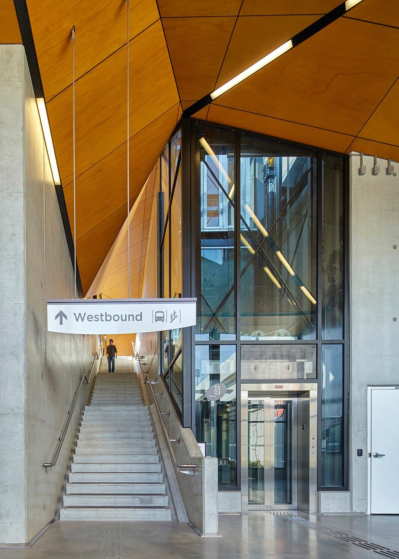 Mississauga Transitway - Elevated Station_Entrance Detail Shai Gil