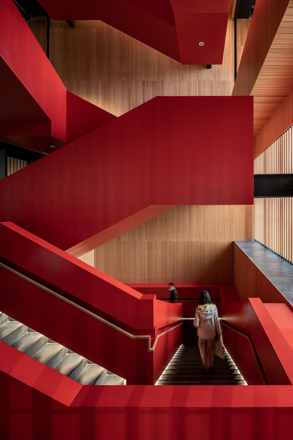 Sculptural staircase. Ethan Lee