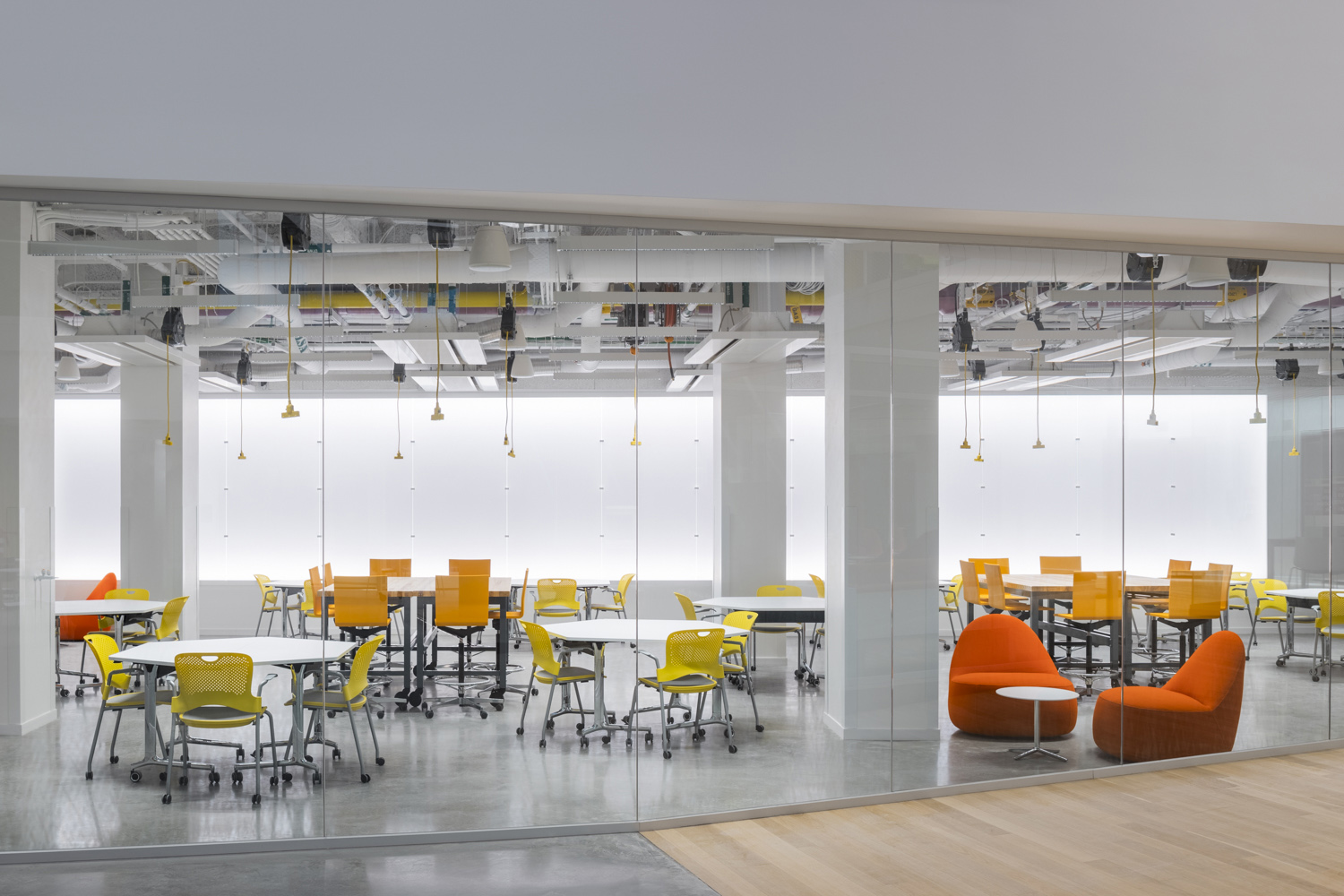 The central atrium connects all levels of the building, transitioning from the more public teaching floors to the more private research floors at the upper levels. Brad Feinknopf
