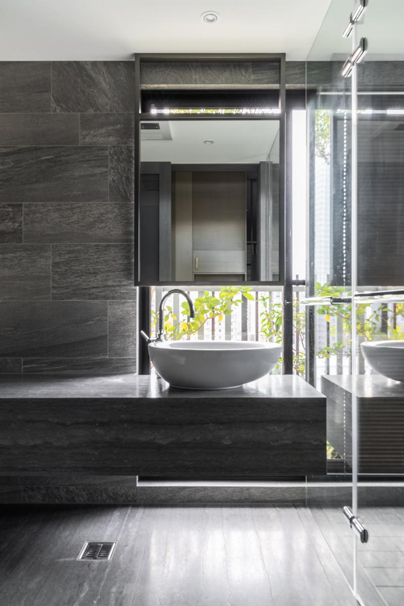 master bathroom-detail Ethan Lee}