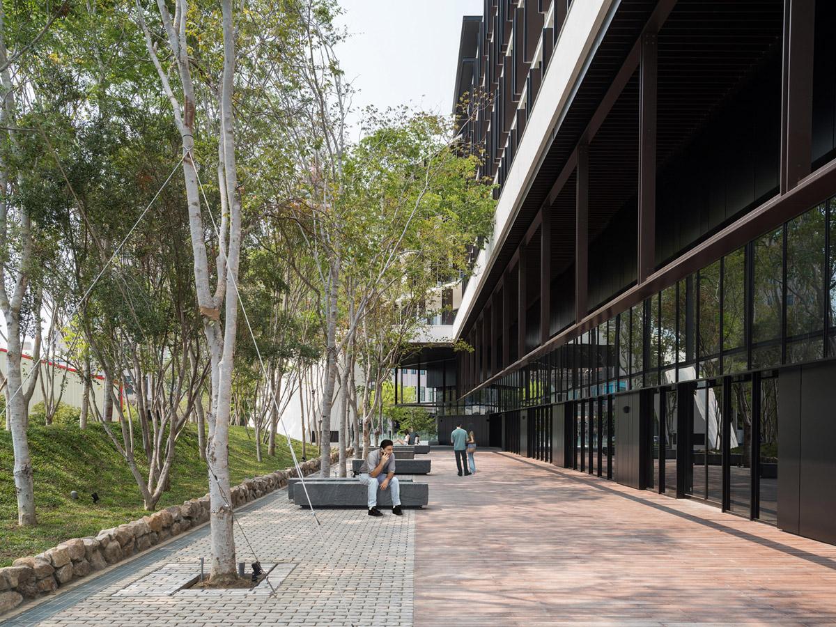 The corridor of the entrance KyleYu Photo Studio