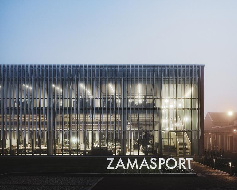 Zamasport, esterno notturno Mario Frusca