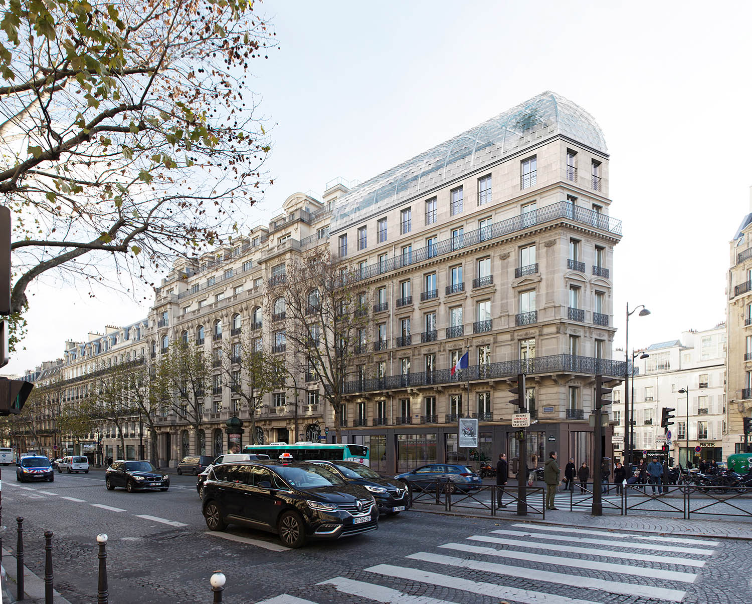 175 Haussmann after its restructuring, from the left side view. ©PCA-STREAM}