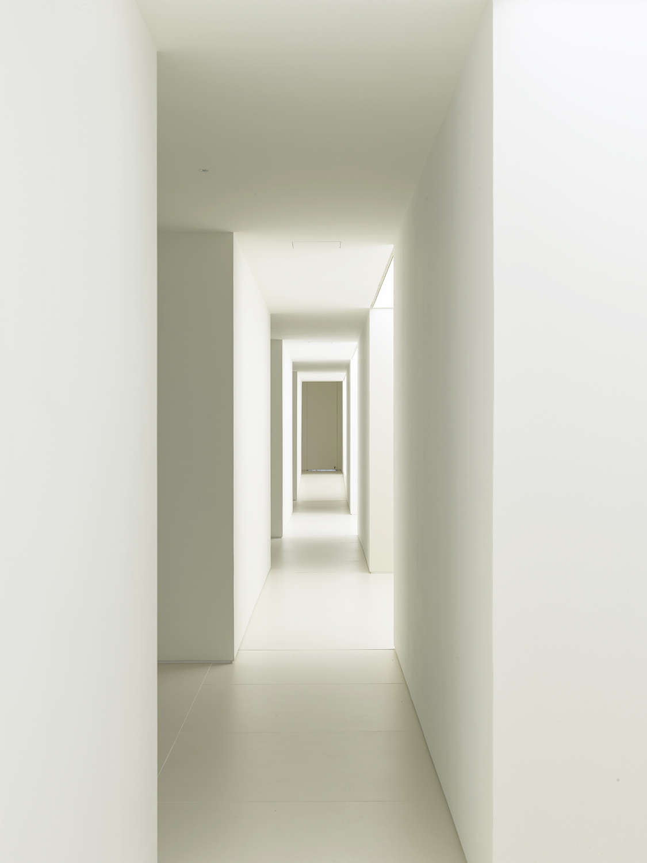 Gallery. North Passage Roland Halbe