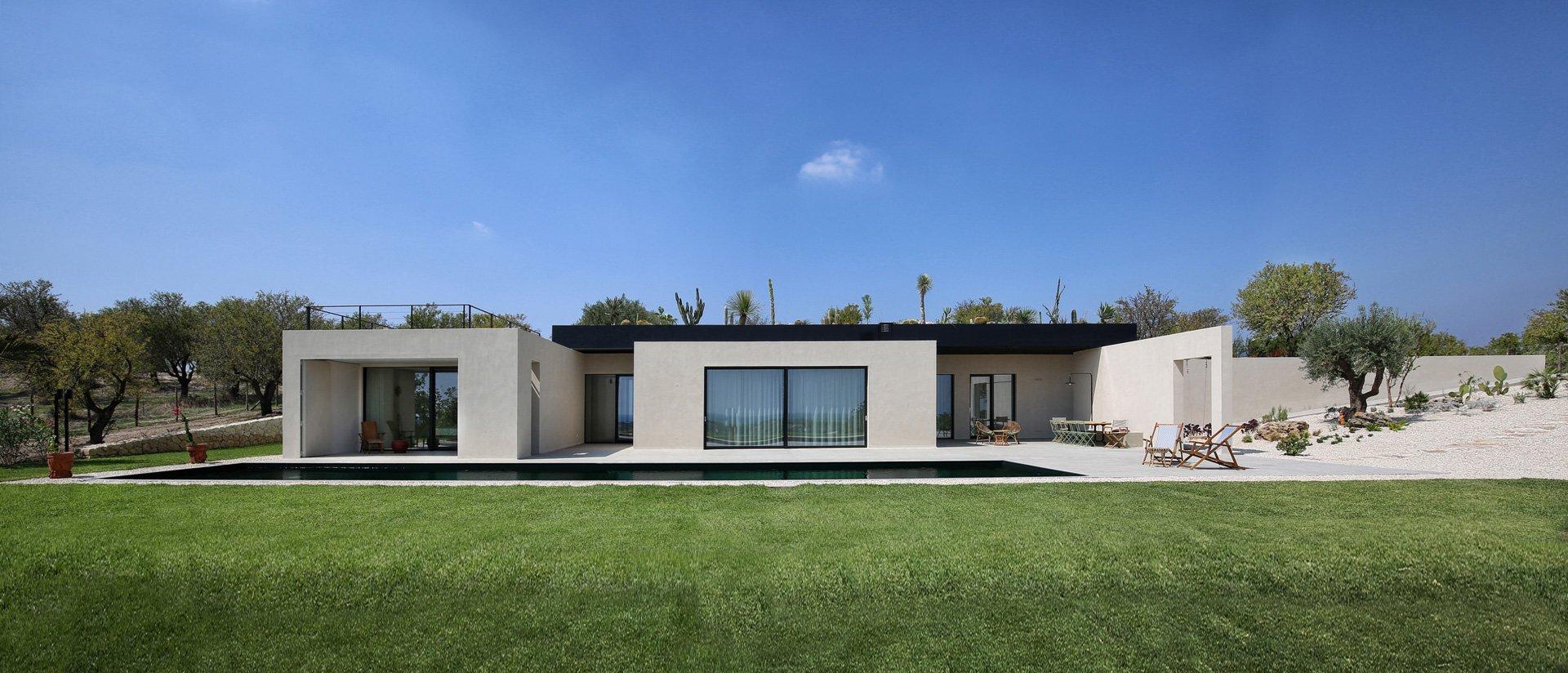 Villa CRN, residenza estiva immersa nel paesaggio siculo