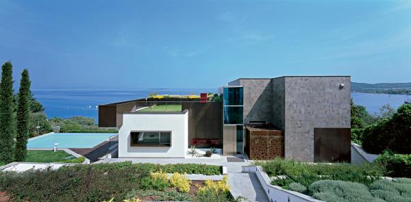 Villa sul lago di garda for Ville sul lago di garda affitto