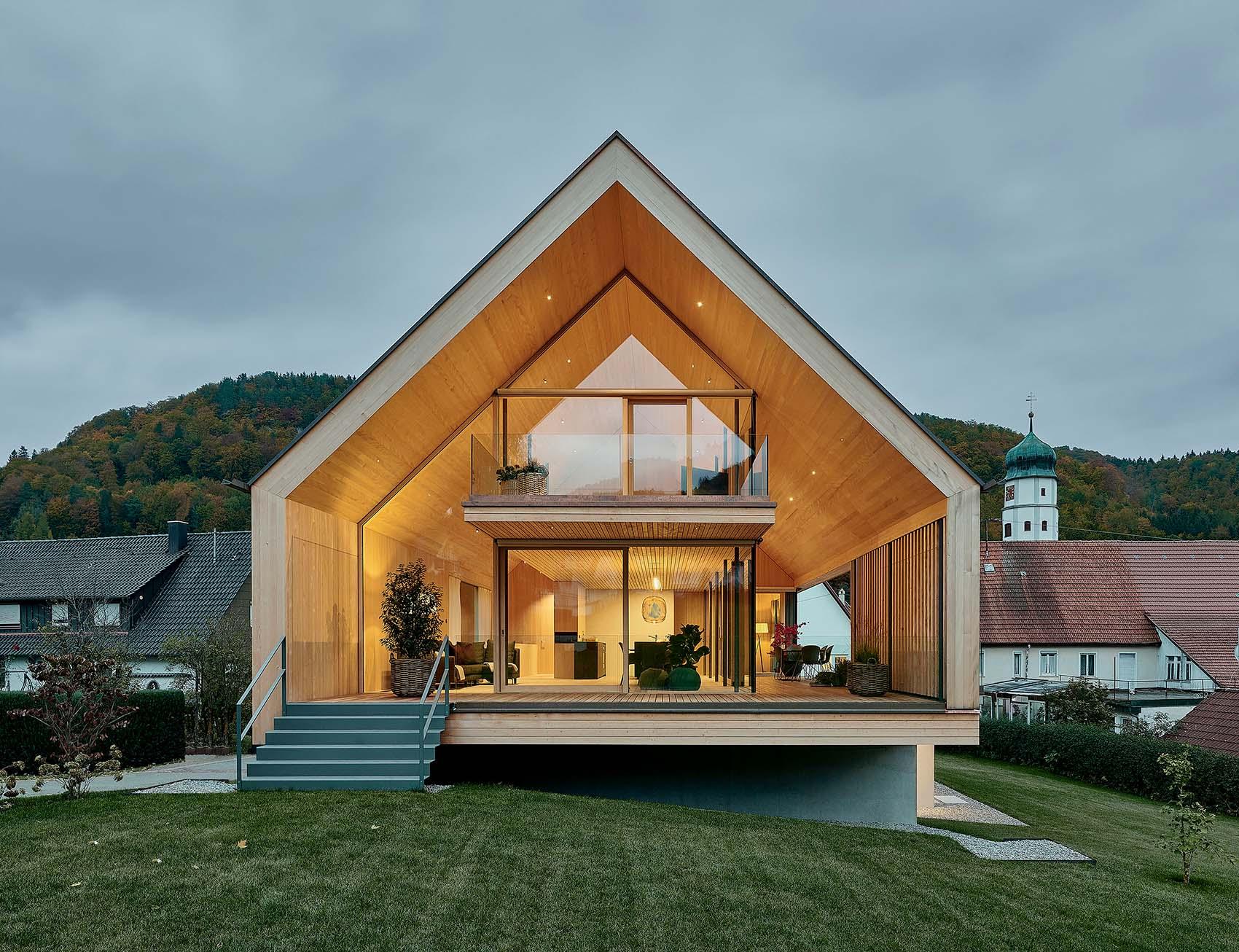 House R, un'abitazione tra natura e futuro