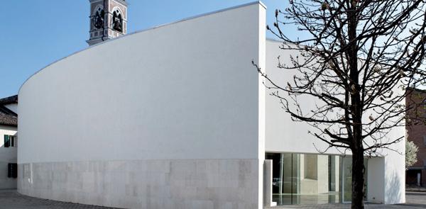Essenzialità degli spazi per l'architettura sacra, nuova