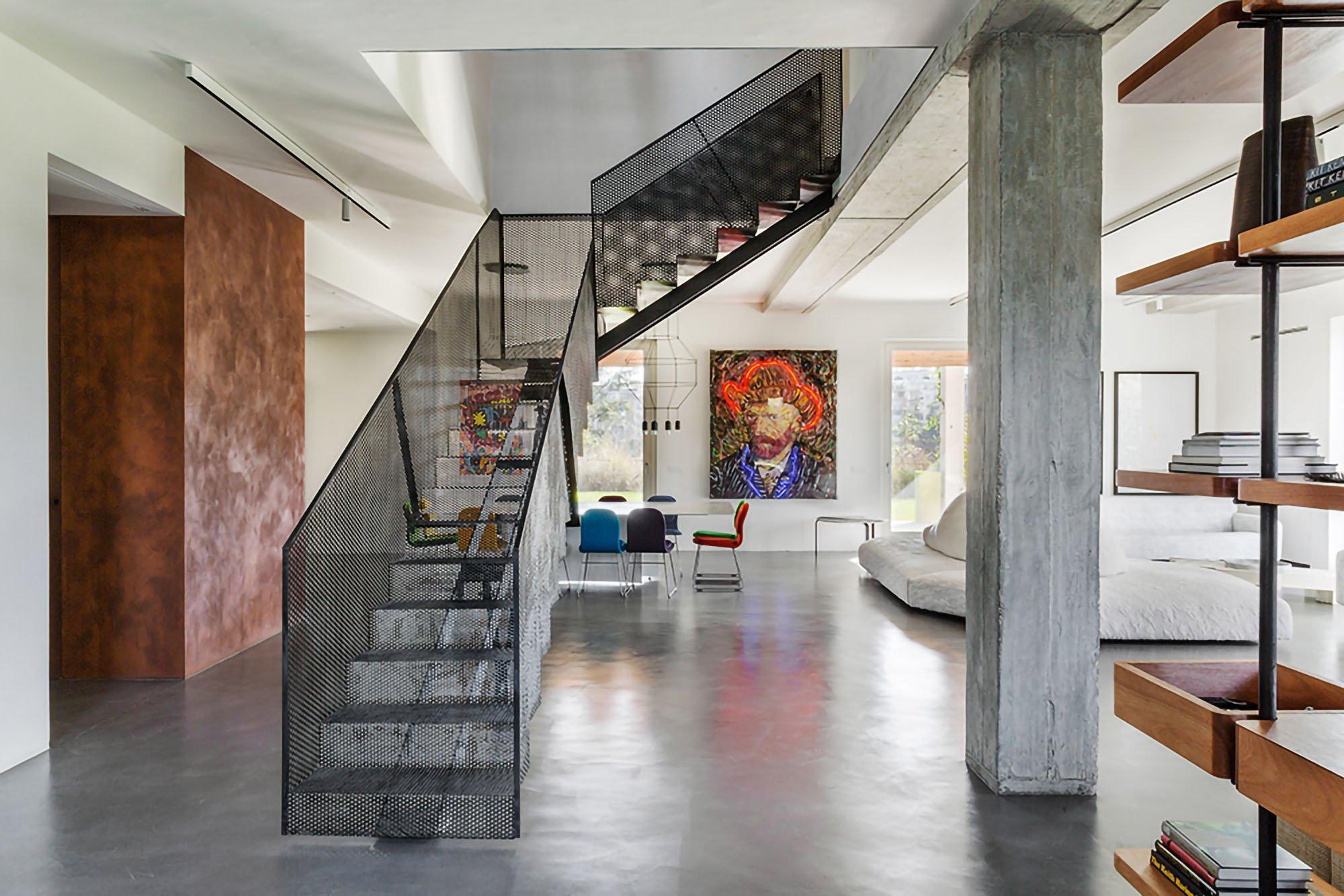 Casa C: a farmhouse transformed into a contemporary studio
