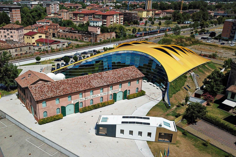 """Modulo """"Capsule"""" al Museo Enzo Ferrari"""