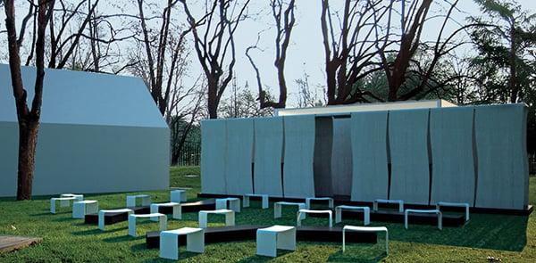 Luce e cemento in Triennale per il Salone del Mobile
