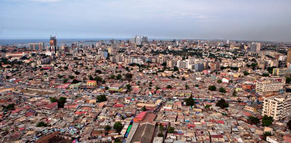 Un mosaico urbano di contrasti