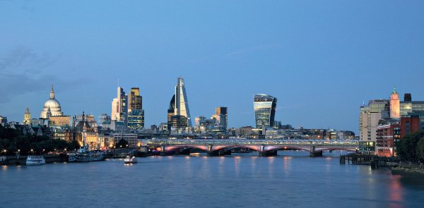 Enhancing the Skyline and Streetscape of London