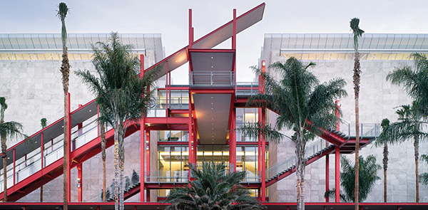 Broad Contemporary Art Museum, Lacma
