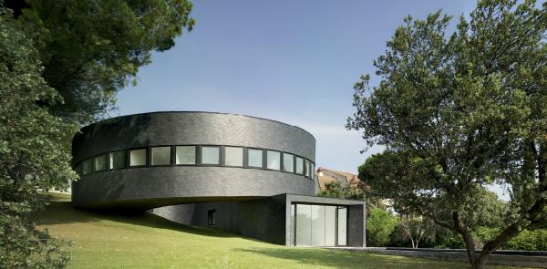 360 House
